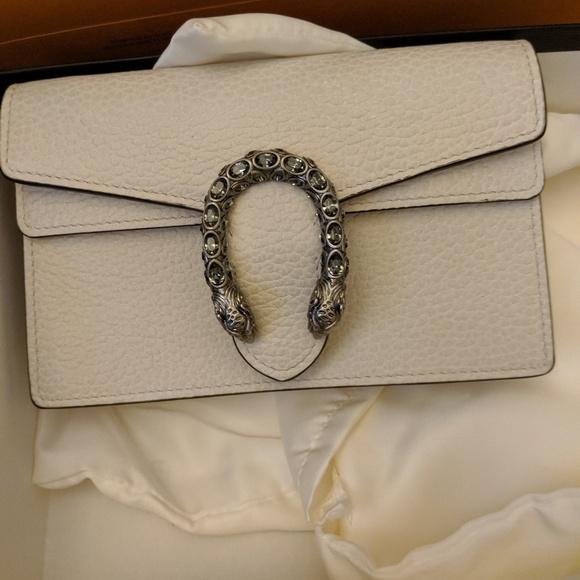 Gucci Handbags - Gucci Dionysus super mini white crossbody bag